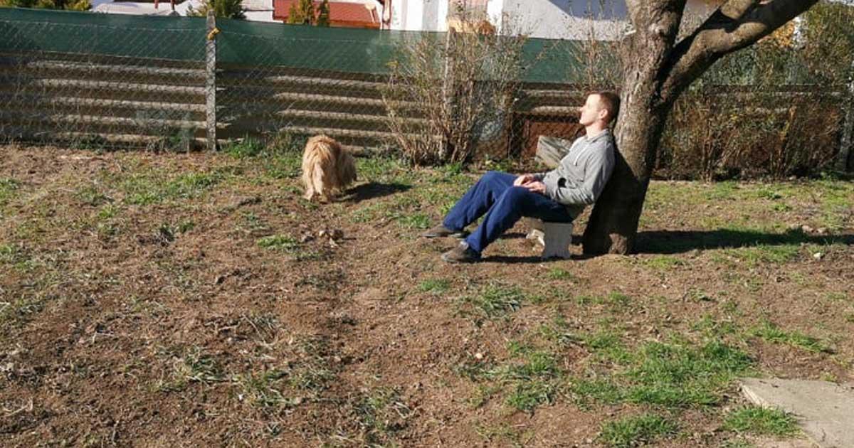Én a kerti munka fáradalmait egy kis napozással vezettem le. Éljen a D-vitamin!